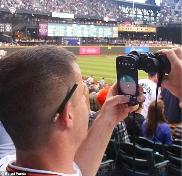 18. Instagram'a fotoğraf eklemek artık çok daha kolay.