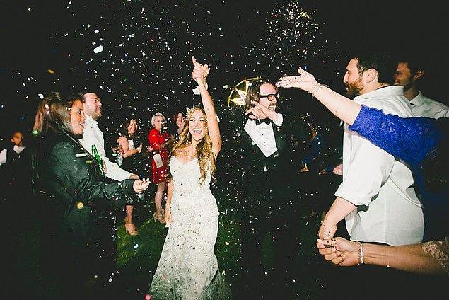 Daha düşük maliyetle, daha samimi olunan insanlarla yapılan bu iki etkinlik sıklıkla düğün yerine tercih edilmeye başlandı.