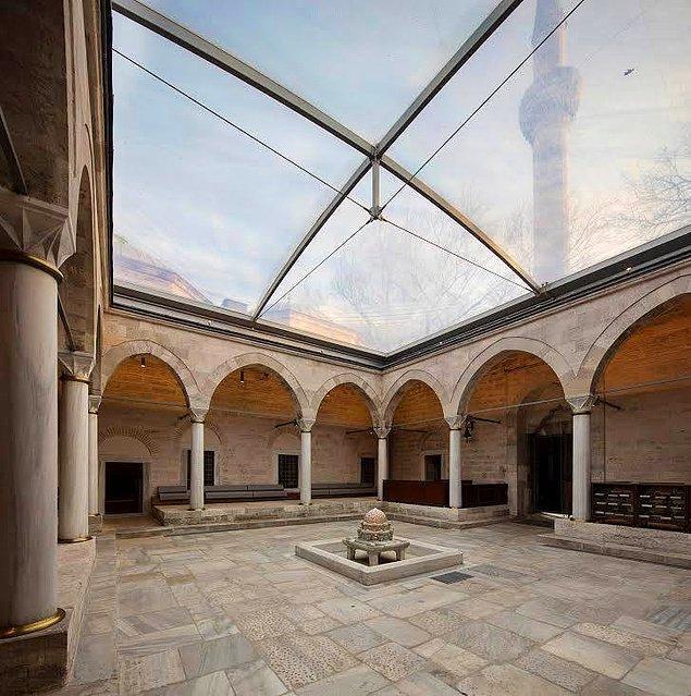 Ancak bu defaki haberimiz tarihi dokunun korunmasında Türk mimarların dünya çapındaki başarısı hakkında...