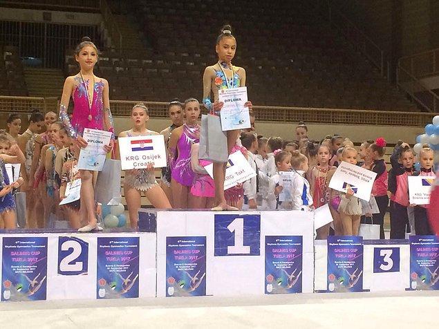 2008 yaş grubunda Şevval Evci serbest seride altın madalya,