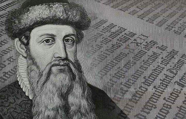 Gutenberg'in 1450'li yıllarda uygulamaya koyduğu matbaanın ilk örneği yeni bir devir açmaktaydı.