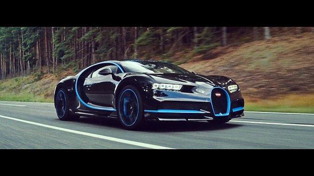 2. Bugatti Chiron (420+ kms)