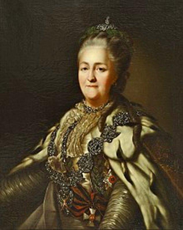 1. 18. yüzyıla damgasını vuran Çariçe II. Katerina'nın altı tane ayak gıdıklayıcısı vardı. Bu adamlar İmparatoriçe'yi güldürmeleri için değil onu cinsel olarak kışkırtmaları için işe alınmıştı.