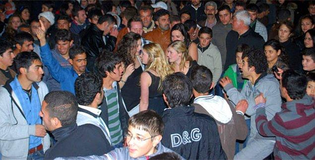 12. Sarhoş olmayın! Türk erkekleri avcı gibi sizi bekliyor...