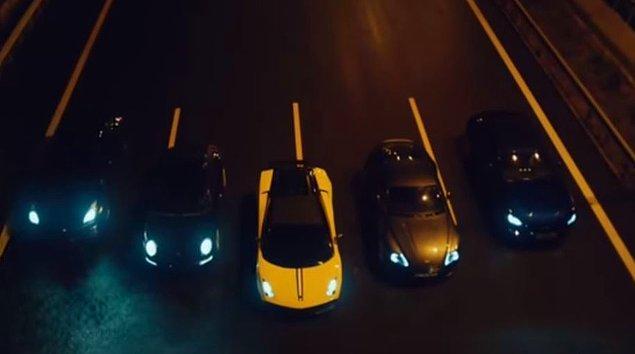 İşte büyük vurgun! 5 hırsızın mekanlardan vale diye topladıkları arabalar.
