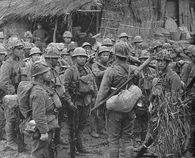 Adalara yollanan asker bölüklerinin tümüne kesin bir emir gelmişti: Her ne olursa olsun teslim olmayın!