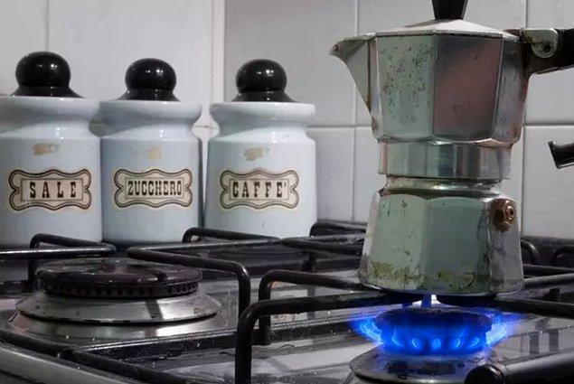 4. Kahve yapımında kullanılan bu aracın adı ne?