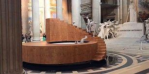 'Tarihin Mekaniği' İsmiyle Zamanın İşleyişini Anlatan Muhteşem Sanat Performansı