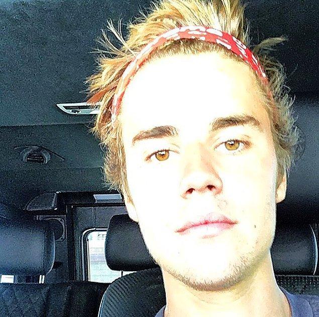 Justin Bieber'ı biliyorsunuz. İnişleriyle çıkışlarıyla, sevgilileriyle tripleriyle, bağımlılıklarıyla özürleriyle...