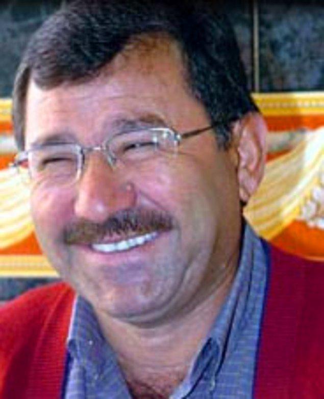 8. Sandıktan yeni çıkmış gülüşüyle Erzurum'da yaşayan tır şoförü Hasbi Dal