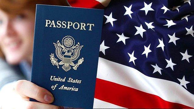 Donald Trump'ın yönetimi sırasında Türkiye, Orta Afrika Cumhuriyeti ve diğer bazı ülkelerin vize ambargosu koymasıyla ABD pasaportu eski gücünü kaybetti.