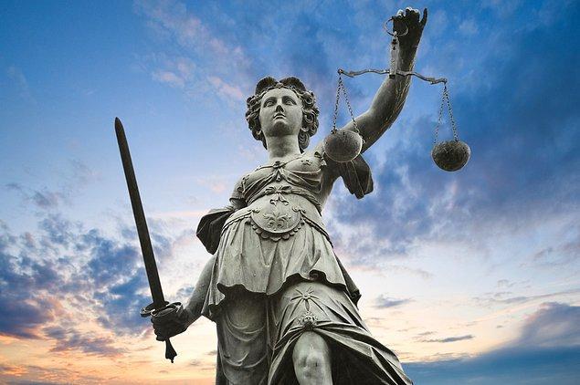 """Davaya bakan yargıç eski sevgilinin hareketini, """"Abramovitz'in kariyerine alçakça bir müdahale"""" olarak tanımladı."""