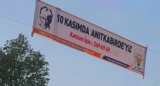 """Afişlerde """"10 Kasım'da Anıtkabir'deyiz"""" ifadelerine yer verildi."""
