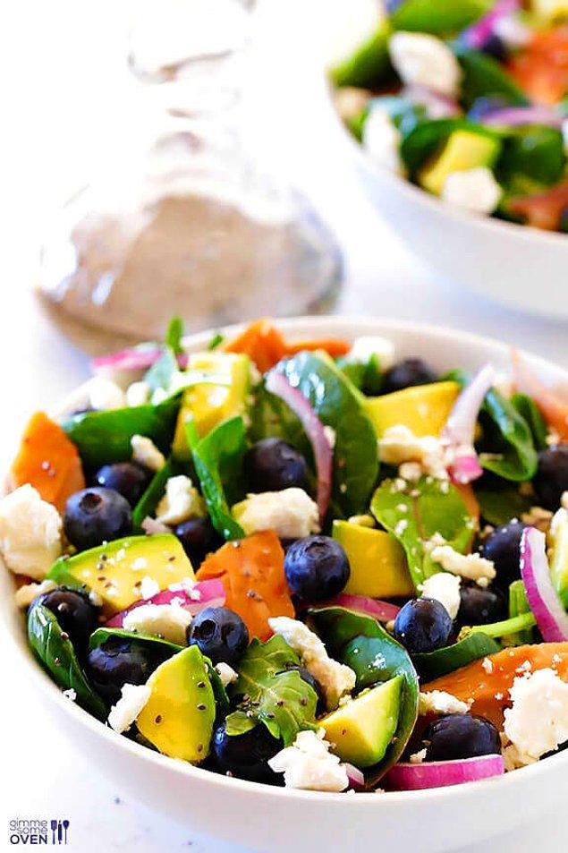 14. Doğru yağları yemeniz gerekiyor bunu asla atlamayın, böylece nişasta yemeseniz de vücudunuz doygun hissedecektir.