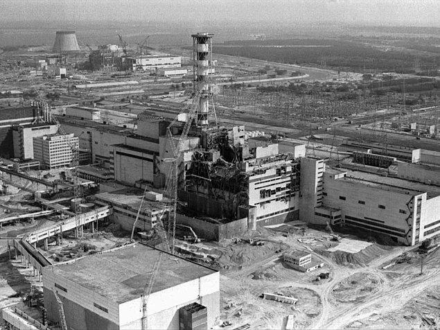 13. Çernobil Nükleer Santrali 2000 yılına kadar elektrik üretmeye devam etti. Kazadan tam 14 yıl sonrasına kadar.