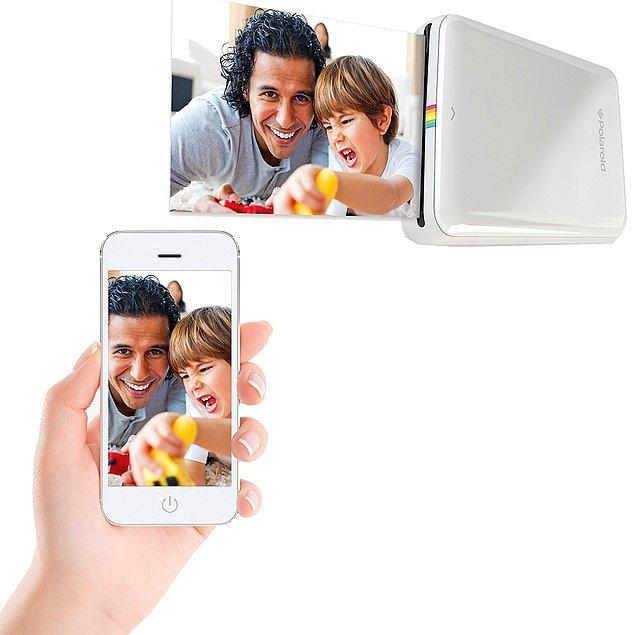 """4. """"N'olcak bu cep telefonundaki fotoğrafların hali?"""" mevzusuna 2018'de nokta koyabilmesini istediğiniz sevgiliniz için mükemmel bir hediye olabilir; karşınızda """"Bluetoothlu fotoğraf printerı"""""""