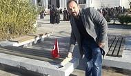 ABD ve İsrail'i Protesto Etmek İçin Amerikan Malı Dediği iPhone'unu Parçalayan Adam