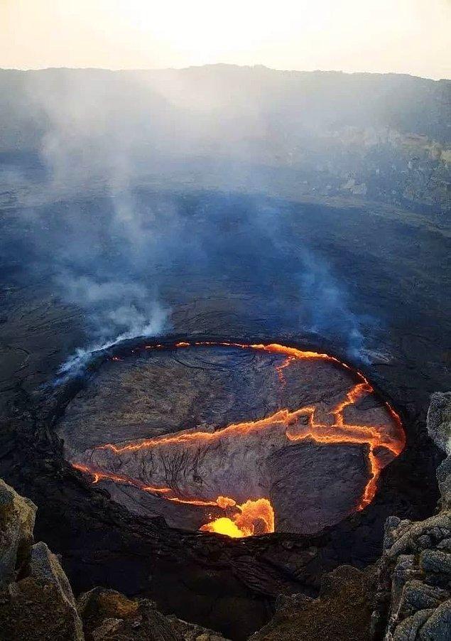 21. Etiyopya'nın Erta'ale volkanındaki lav gölü.