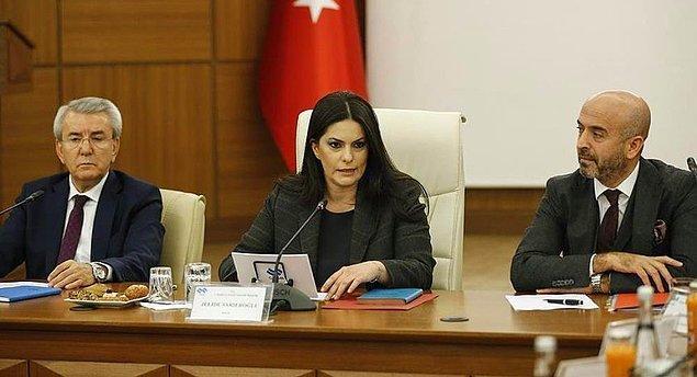 """Asgari Ücret Tespit Komisyonu'nun ilk toplantısı 1 Aralık'ta gerçekleşmiş, Bakan Jülide Sarıeroğlu """"İşçi ve işverenden fedakarlık bekliyoruz"""" demişti."""