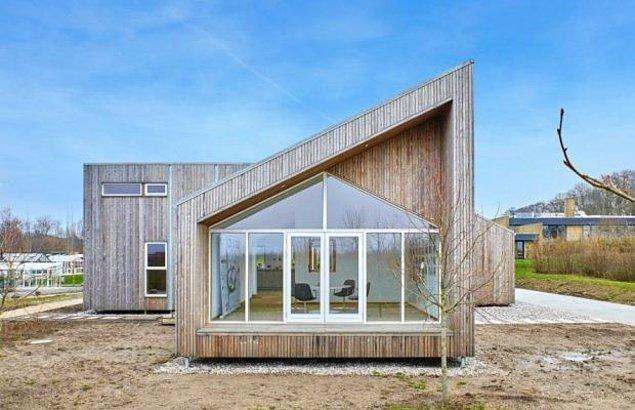 En son haber Danimarka'dan geldi. Een til Een adlı şirket, dünyanın ilk Biyolojik Evi'nin kapılarını merak edenlere açtı.