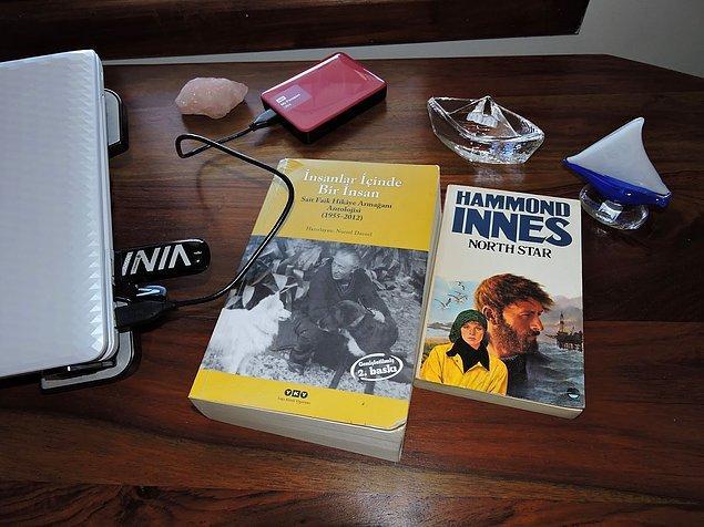 13. Araştırmalardan ve derslerden arda kalan zamanlarda okunan ve artık elde taşımaktan oldukça eskimiş bir kitap