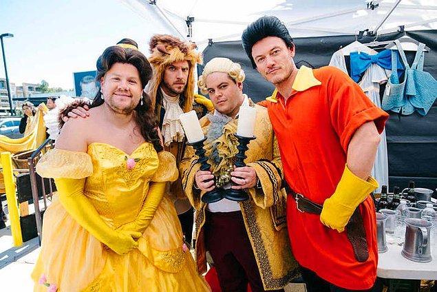 """9. 'Beauty and the Beast' kadrosuna katılıp dünyanın en komik yaya geçidi müzikali olan """"Crosswalk the Musical""""ı sahnelemeleri. 😂"""