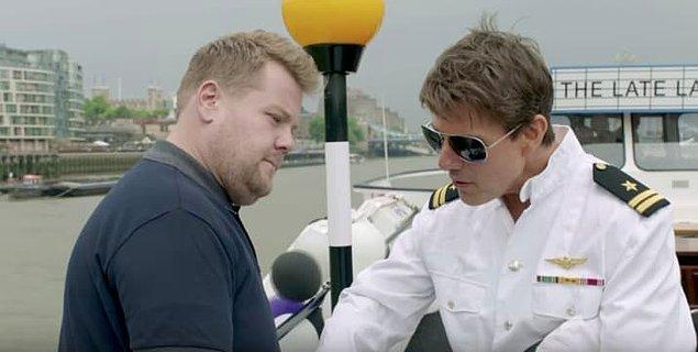 14. Gerçek manzaranın Tom Cruise'un gemisinde olduğunu göstermesi. 😎