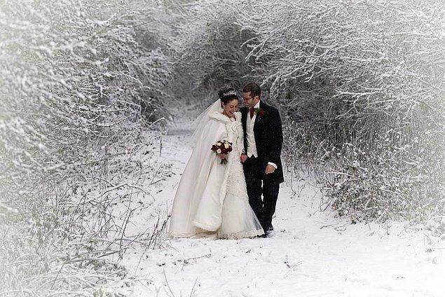 8. Sırf bu fotoğraflar için bile kışın evlenilir... 🎉