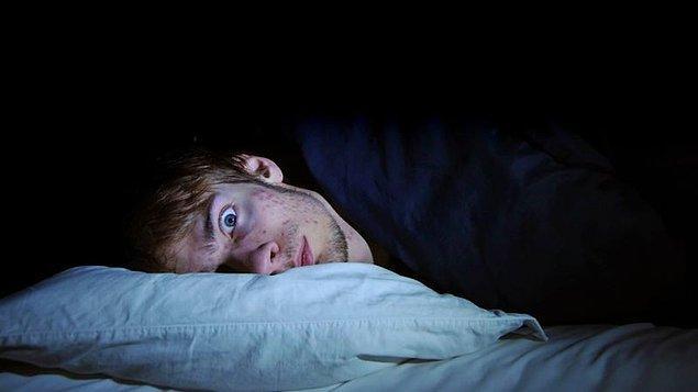 Sonuç olarak vücut kimyasıyla oynayan mevsimsel faktörler, sirkadyen ritme ve haliyle uykuya etki ediyor.