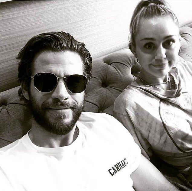 1. Liam tam minnoş bir selfie paylaştığını düşünürken...