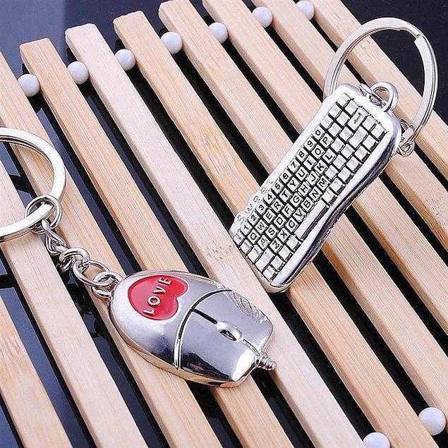 4. Mouse ve klavye gibi birbirlerini tamamlayan çiftler için bu 2'li anahtarlık