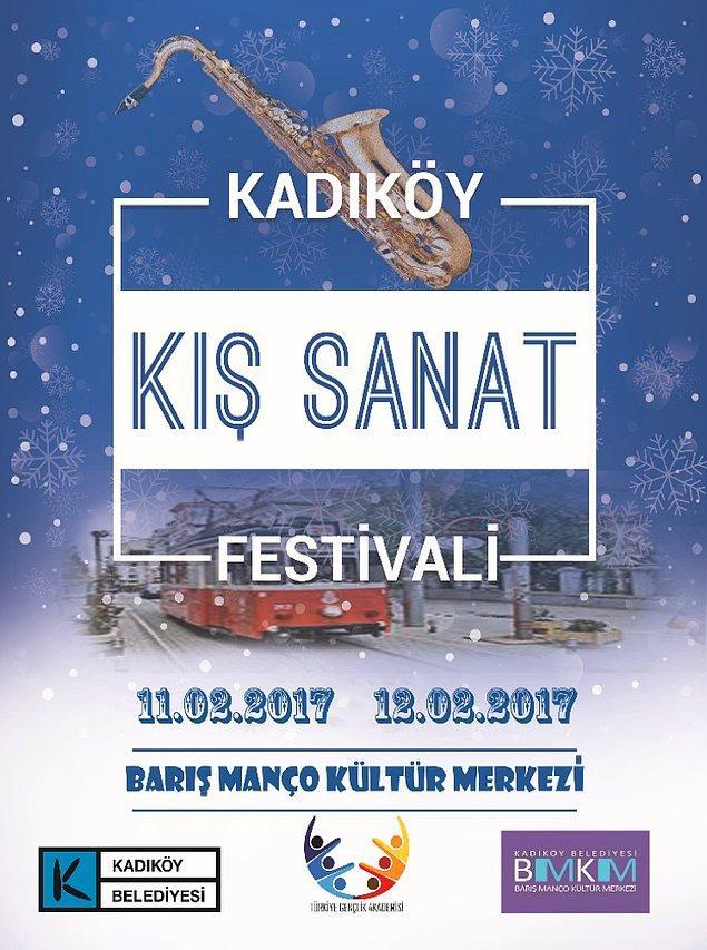"""Geçtiğimiz yıl Kadıköy Belediyesi ile iş birliği içinde gerçekleştirilen Kadıköy Kış Sanat Festivali'nin teması """"1 Bilet 1 Kitap""""tı."""