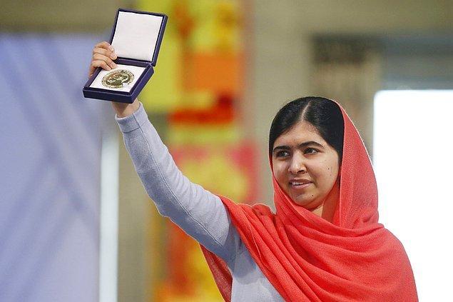 Hayatına ve eğitimine İngiltere'nin Birmingham şehrinde devam eden Malala 2014 yılında Nobel Barış Ödülü'ne layık görüldü.