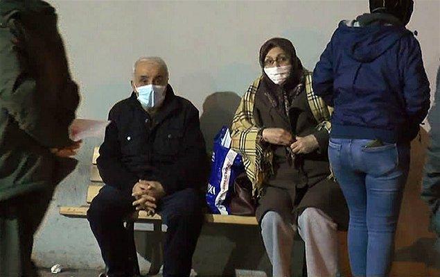 Koku nedeniyle rahatsızlanan bazı kişiler hastaneye kaldırıldı.