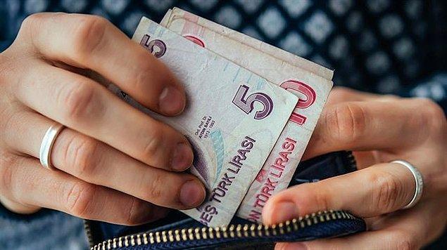 """Ankete katılanların yüzde 53'ü yılbaşı hediyesi için """"50 TL ve altı"""" bütçe ayırdığını ifade etti."""