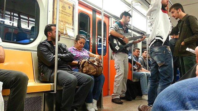 Metrodaki müzik yasağı yeni Başkan Mustafa Tuna döneminde de gündeme geldi.
