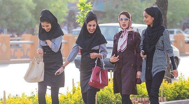 Kıyafet kuralını ihlal eden kadınlara polis eğitim verecek.