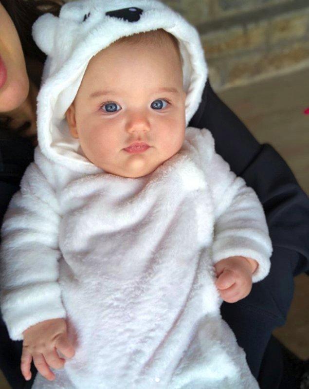 Arya bebeğin de bahtı açık, güzel günleri olsun 😇