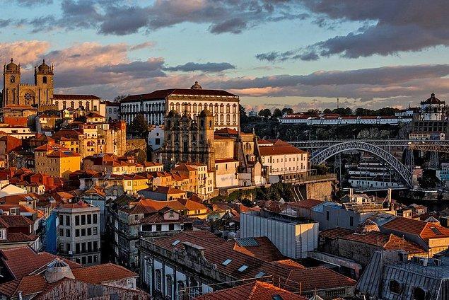Portekiz - 650 Euro