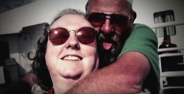 9. Susan işten eve döndüğünde çekiçle bir yabancının saldırısına uğradı. Sonradan öğrenildi ki: O yabancıyı Susan'ın kocası kiralamış!