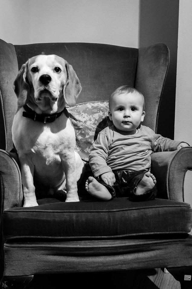Onlar birlikte büyüyedursun, Stanley'nin babası da bu süreci ölümsüzleştirmekle meşgul. 📸
