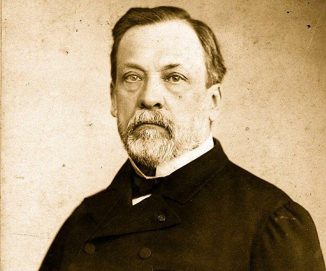 4. Fransız kimyager Pasteur'e insanlığa olan katkılarından dolayı Mecidiye Nişanı gönderen Osmanlı padişahı kimdir?