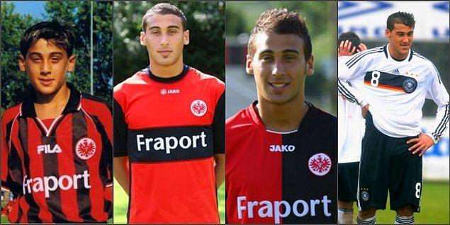 6 yaşında Eintracht Frankfurt'ta başladığı futbol serüvenine, daha net bir açıklama olmasa da 27 milyon euro bir bonservis bedeliyle, Premier Lig ekibi Everton'a transfer olan Cenk Tosun...