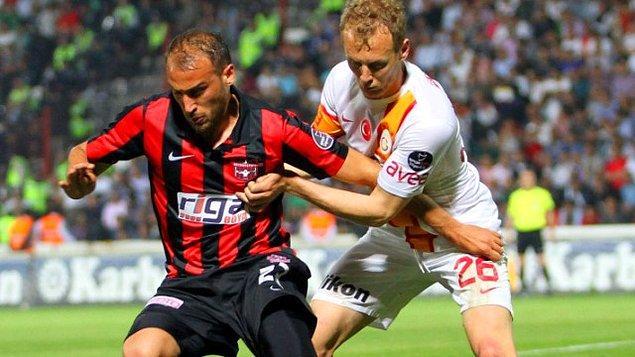 Gaziantepspor formasıyla çıktığı 109 maçta 39 gole imza atan Cenk, büyük takımların radarına girdi.