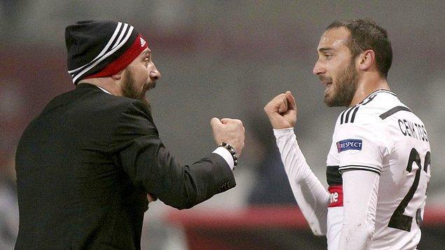 Beşiktaş'ta forma giydiği ilk sezonlarda çok forma şansı bulamasa da bulduğu her fırsatta şansını iyi değerlendirdi.