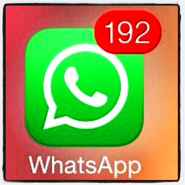 2. Telefona sadece yarım saat bakmazsınız ve bildirim ekranında 739 tane yeni mesaj vardır.