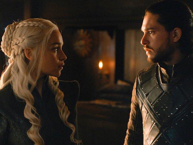 Bilmeyenler için bir not düşelim: Westeros'un en yeni ve ateşli çifti Daenerys ve Jon Snow.