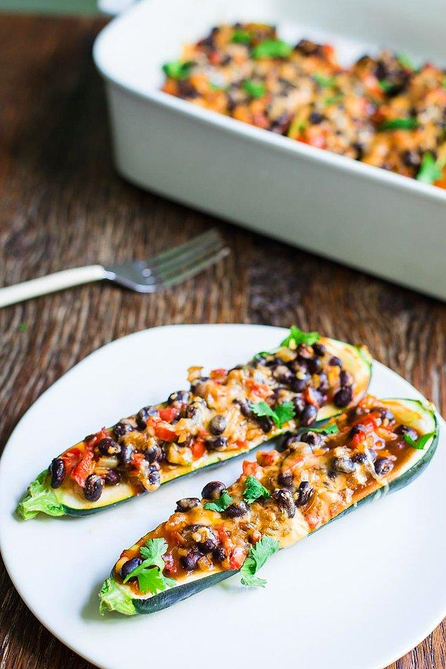 Enchilada Zucchini, bu kayıkla lezzetli diyarlara yolculuğa çıkın!
