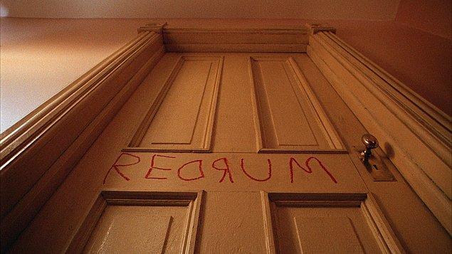 13. Kendiliğinden açılıp kapanan kapılar, yer değiştiren nesneler vs. artık bu işin çok uç boyutlarından biridir, hayalet kızmaya başlamış demektir!