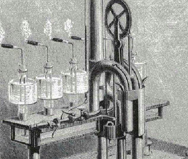12. Parenty'nin sigara tüttürme makinesi